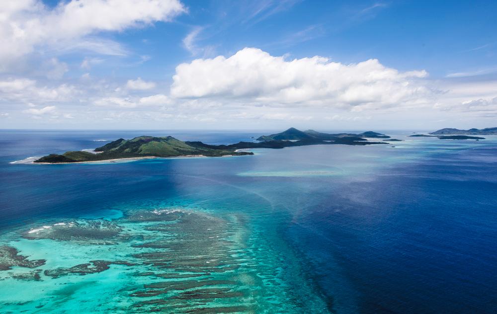 Romantic getaways honeymoon honeymoon vacations for Best tropical honeymoon destinations